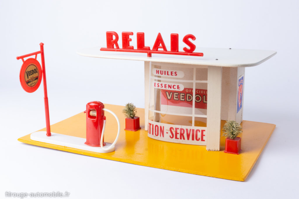 Station-service Relais Atomic - Veedol