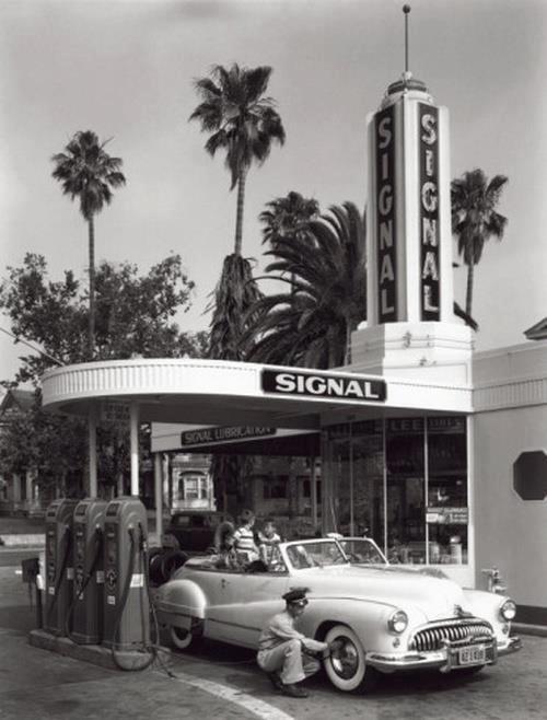Station-service américaine années 1950