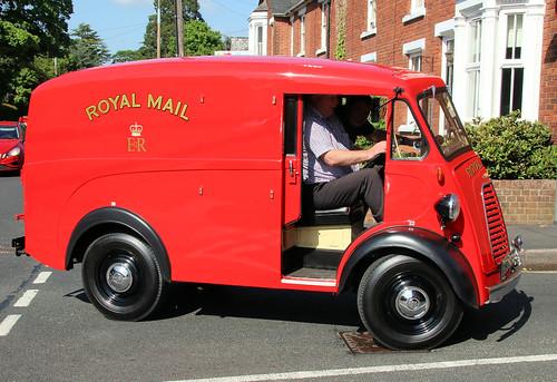 Morris type J Royal Mail