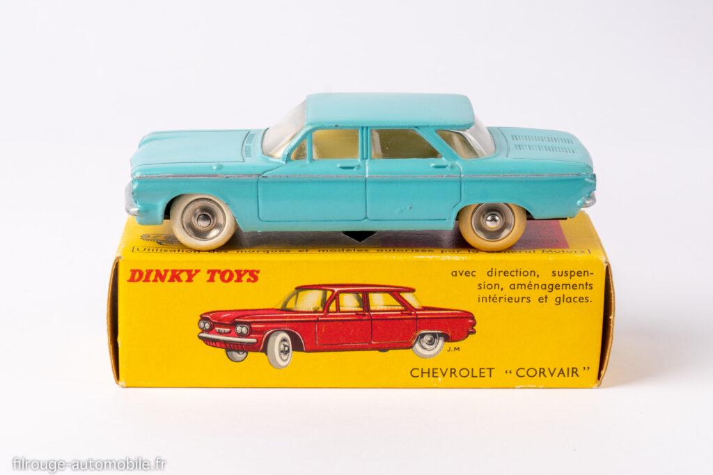 Cevrolet Corvair - Dinky toys réf. 552 - type 2