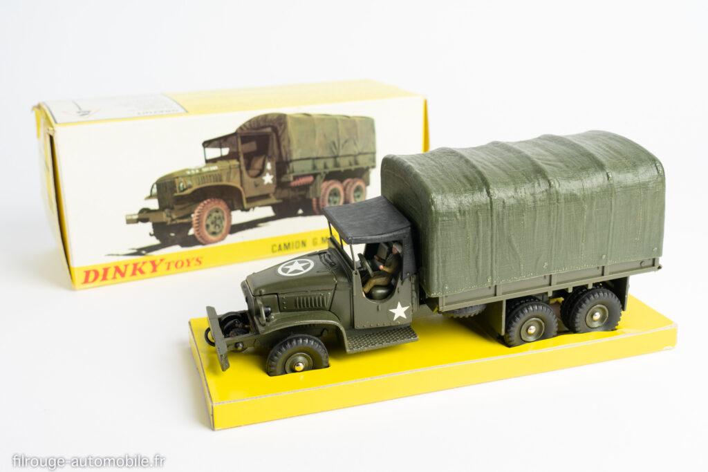 Dinky Toys réf. 809 - GMC CCKW bâché militaire