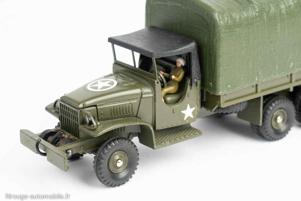 Dinky Toys réf. 809 - détail GMC CCKW bâché