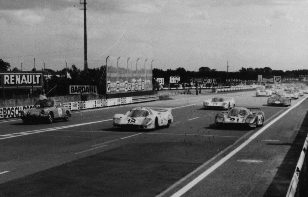 24 Heures du Mans 1971 - Le départ